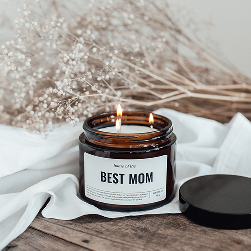 Personalised cande with text: 'best mom'